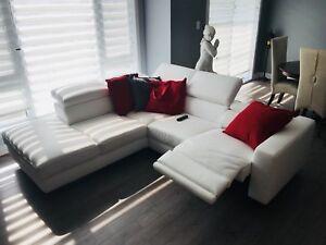 Sofa en cuir blanc
