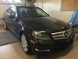 REDUCED. 2013 Mercedes Benz c350 sport 4matic sedan