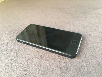 iPhone 5 black 16g, great condition, perfect working order Bentleigh Glen Eira Area Preview