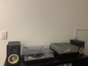 High end Hifi system. Amp, turntable, speakers, CD player