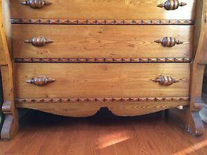 Beautiful Antique Chest of Drawers Kitchener / Waterloo Kitchener Area image 6