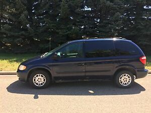 **PARTS VEHICLE ONLY** 2005 Dodge Caravan