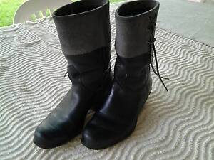 Ladies black leather boots Greenacres Port Adelaide Area Preview