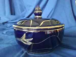 IRIS hand made lided Bowl painted in 24ct Gold Moorebank Liverpool Area Preview
