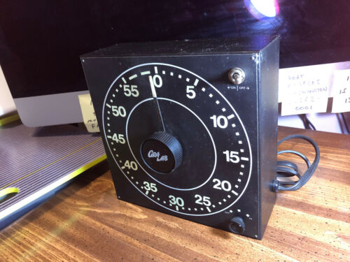 RARE Vintage CRA LAB Darkroom Timer Model 310 Glow n Dark ~ Tested / WORKS GREAT