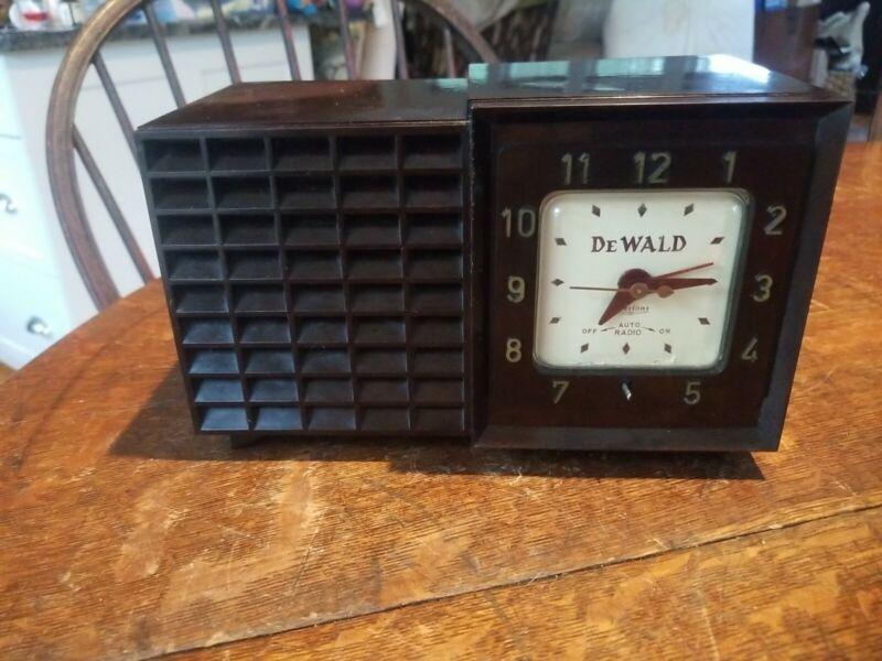 Vintage DeWald Model K-545 Clock Radio Working!