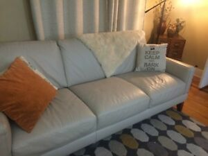 "Natuzzi ""Florence"" Leather Sofa - 2 months old"