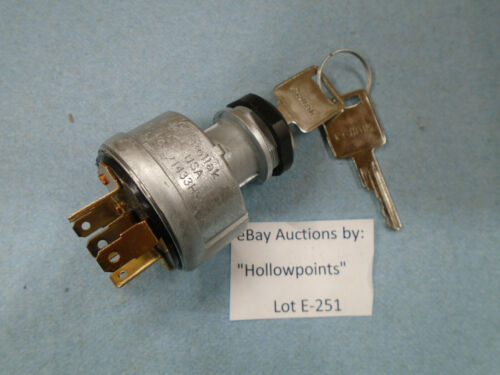 Pollak 31-285 Ignition Switch 3 Position spring return run NO LOCKOUT TYPE  E251