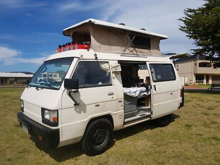 Pop-top Campervan!!  Mitsubishi 1989!! Sleeps 4!!