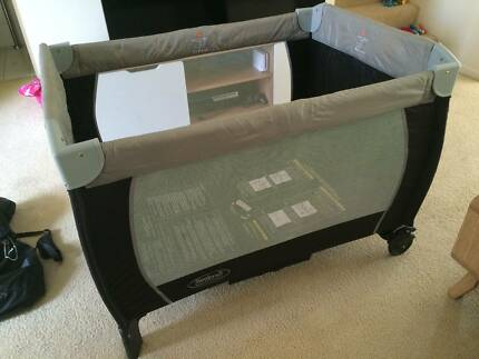 Steelcraft Siesta 2 in 1 portable cot Merrimac Gold Coast City Preview