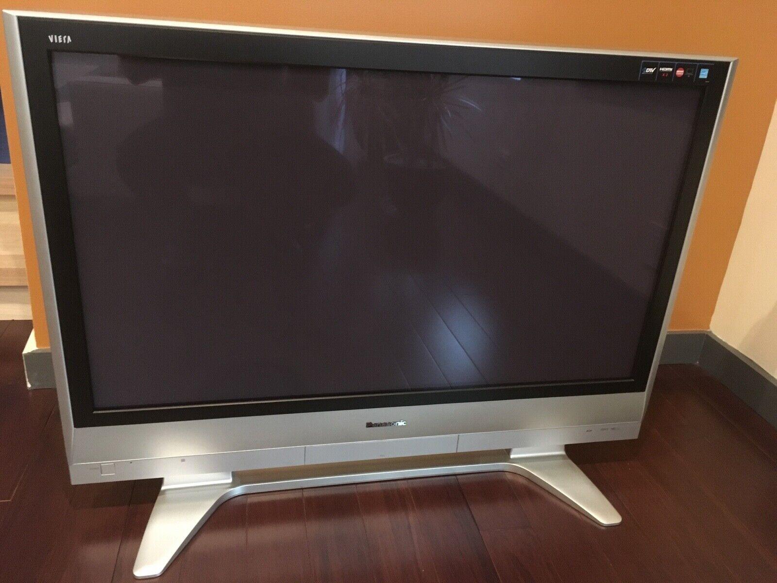Panasonic 42 inch Plasma HDMI TV, Remote, TH-42PX60U Local Pickup