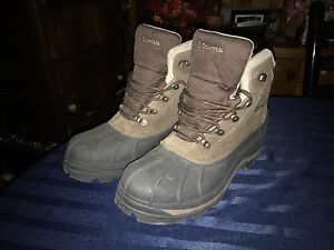 Men's Columbia winter hiking boots size 13