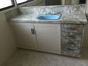 retro barthroom  vanity shower Rosemount Maroochydore Area Preview