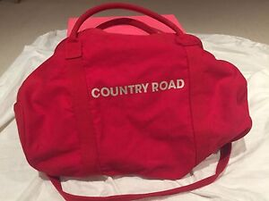 Red Country Road Bag Close to New tote Hillcrest Logan Area Preview