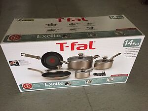 NEUF - TFAL Excite Cookware 14 pieces