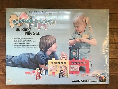 """1984 Vintage SCRABBLE PEOPLE """"Main Street"""" Building Playset, NEW! SEALED! RARE!"""
