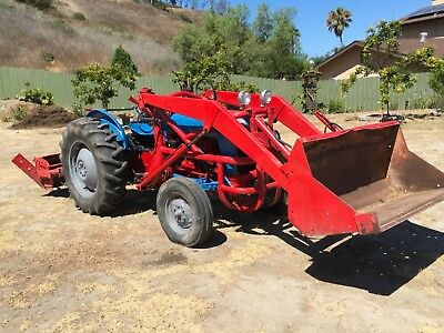 1957 Ford 851 Powermaser Tractor