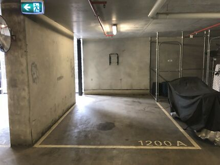 Car space for rent in south bank
