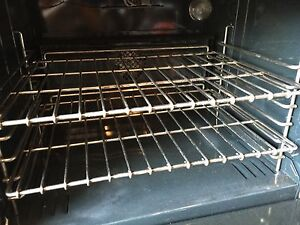 "VIKING UltraLine 30""inch Professional Gas Range  West Island Greater Montréal image 4"