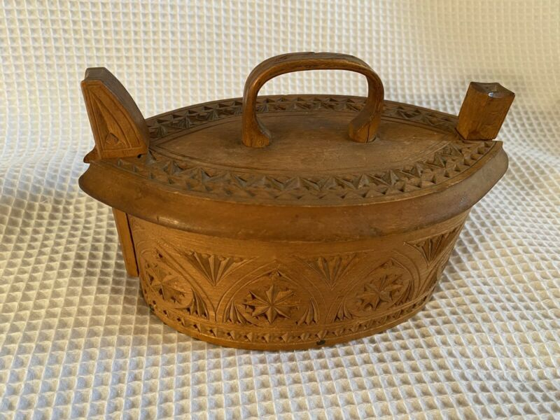 "Rare Beautiful Antique Scandinavian Bentwood ""Tine"" Box"