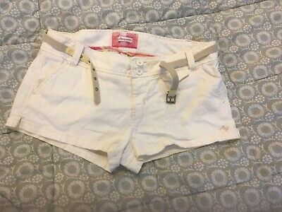 Women's Abercrombie & Fitch White Shorts & Belt Size: 10