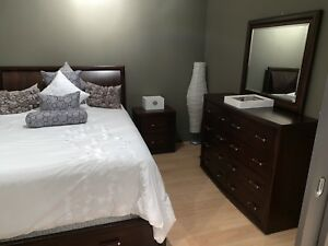 4 Piece Queen Bedroom Set + Mattress