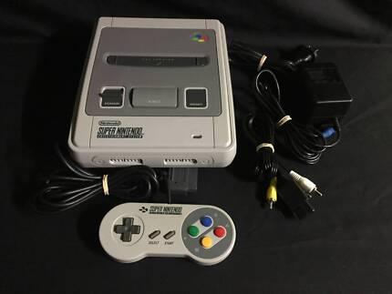 Super Nintendo Console Package + 1 Controller & Leads + Warranty!