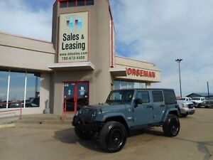 2014 Jeep Wrangler Unlimited Sahara/LIFTED NO CREDIT CHECK FINAN