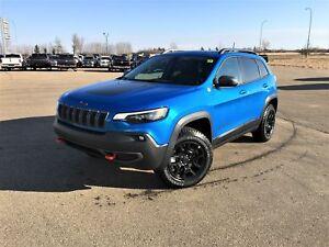 2019 Jeep New Cherokee Trailhawk Elite | PANORAMIC SUNROOF |