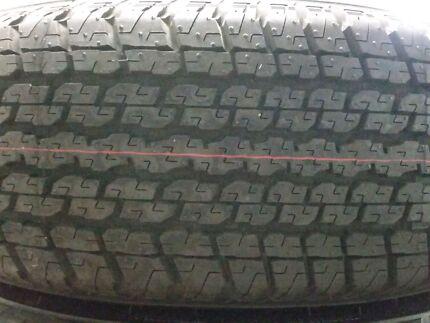 5 x near new Bridgestone Dueler H/T D840 255/65/r17 tyres Cleveland Redland Area Preview