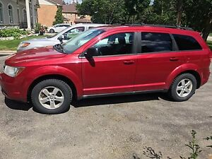 2009 Dodge Journey 4 Cylinder - Great family car and low km!