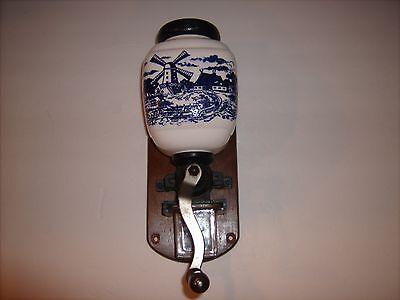 DELFT BLUE DUTCH CERAMIC VINTAGE OLD WALL MOUNT COFFEE GRINDER HOLLAND MILL