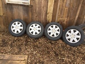 Toyota 5x114 16 inch winter rims with hubcaps