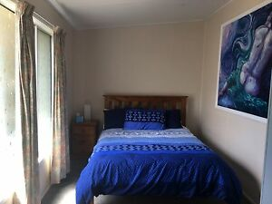 Holiday or worker accommodation short term Kin Kora Gladstone City Preview