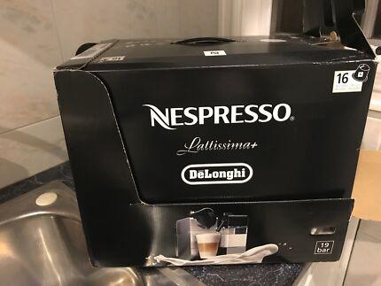 Nespresso BNIB lattissima plus machine