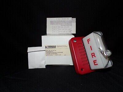 Pyrotronics Cerberus Strobe Fire Alarm Mtl-s17-s Surface 8 500-695276 Lot Of 2
