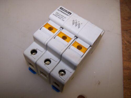 FERRAZ SHAWMUT USCC3I FUSE HOLDER 30 AMP 600V 3 POLE USES CC CLASS FUSES