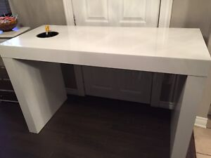 Mini bar kitchen island