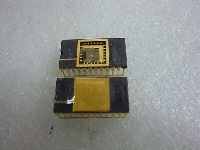 Lot Of 2 Unused Rare Vintage Collectible Integrated Circuit Ic Chip Gold