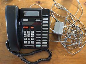 Téléphone Meridian 9316 de Nortel comme neuf.