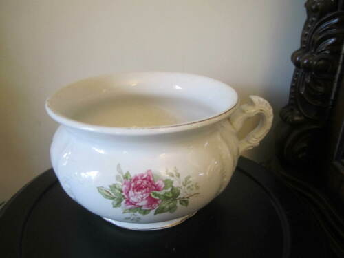 VINTAGE BUFFALO POTTERY CHAMBER POT