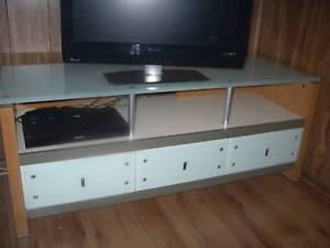 THREE QUALITY MODERN CABINETS FOR TV MUSIC CENTER AND HALL STAND South Windsor Hawkesbury Area Preview