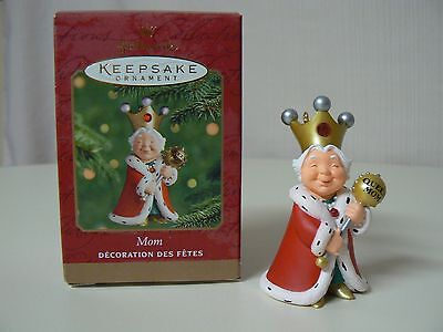 Queen Crown And Scepter (Hallmark Ornament 2000 MOM Queen Mother with Golden Crown and Red Jewel)