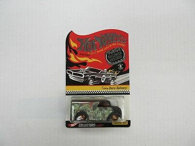 2002 HOT WHEELS HALLOWEEN EXCLUSIVE SCARY DAIRY DELIVERY CAR SEALED FREE CASE - Scary Halloween Cars