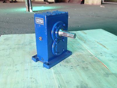Pto Drive Gear Box For Generators 40 Hp 400 Rpm To 1800 Rpm 1 To 4.5 Ratio