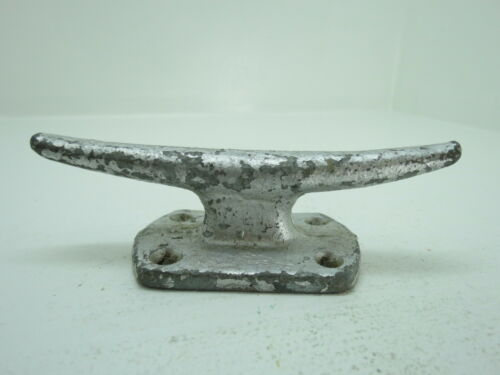 5 INCH PAINTED CAST IRON BOAT DOCK CLEAT (D3C1930)