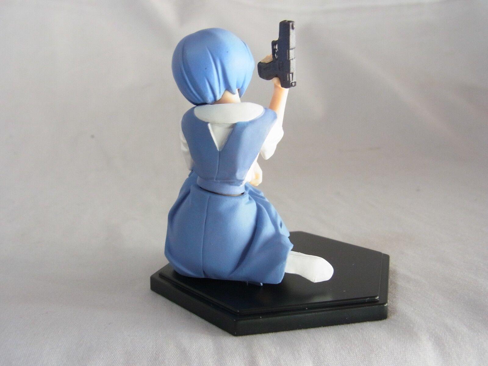 Evangelion Kaiyodo Figure Rei Ayanami School Uniform with a Gun Mint