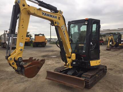 Yanmar Vio30 Zero swing LOW HOURS