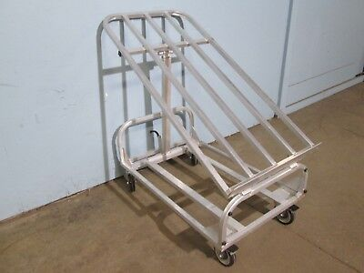 New Age Ind. Hd Commercial Aluminum Rolling Produce Merchandiser Display Rack