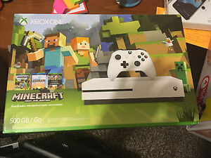 Xbox One S - 500GB - extra HDD x2 Games